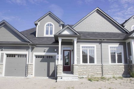 Townhome In Midland Bay Port, It Is A Home For Sale Now